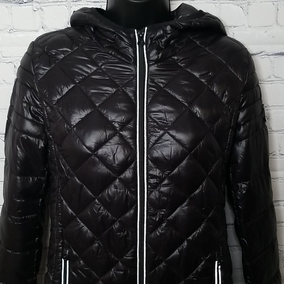NWOT Noize packable quilted hooded jacket